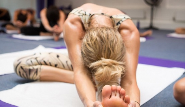 bikram-yoga_17-8-2012_199