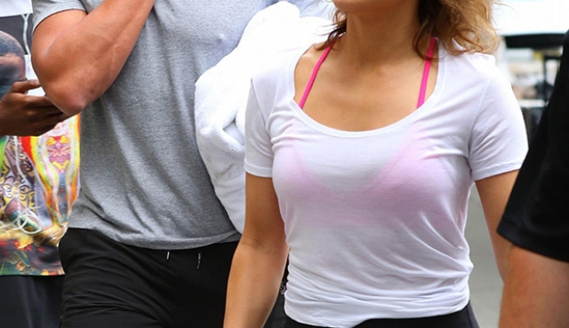 jennifer-lopez-alex-rodriguez-gym-clone-couple-backgrid-embed